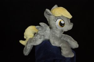 Derpy shoulderpony by Siora86