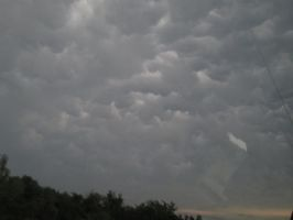 Mammatus Clouds by StormChaser1999