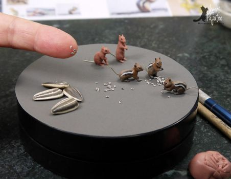 WIP mini Golden-mantle ground squirrel sculpts by Pajutee