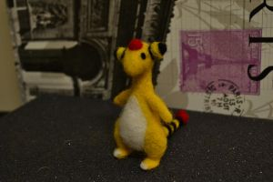 Needle Felted Ampharos 3 by feltieflaffy