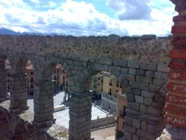 The Aqueduct of Segovia by mottomoyoi