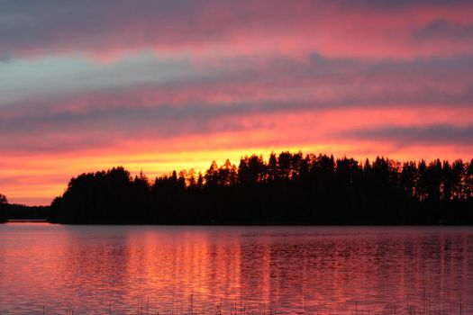 Lake on fire by jaxicle