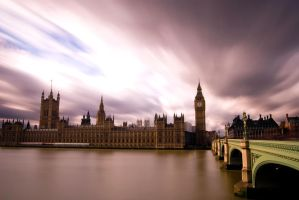 Looking at London by Rameez-K