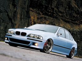 BMW 5 series by JanneTheGreat