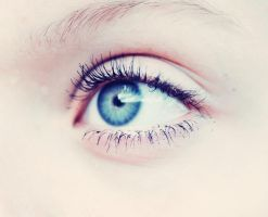 Blue eye. by emshh