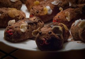 Guinea pig pastries 2 by Sentimenthol