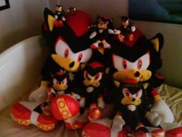my shadow plushes and figures by Shadoukun