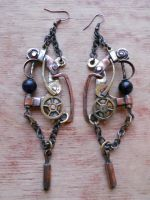Steampunk earrings by ChanceZero