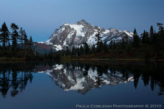 Mt Shuksan by Moonlight by La-Vita-a-Bella