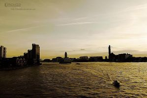 River Thames by 0orchid