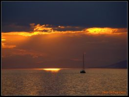 Sailing to sunset by dlalin