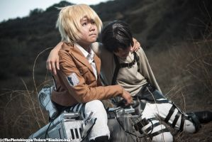 SnK/AoT - Fear by xShadow-Lightx