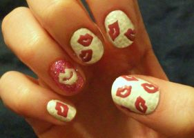 Valentine's Day Nails: Kisses by kaylamckay