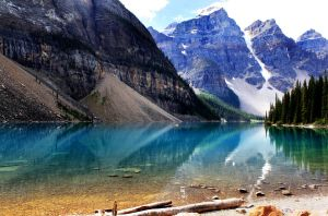 Moraine Lake by LILYFlowerr