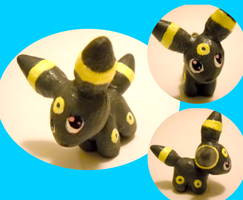 Umbreon Sculpture by Rashasa