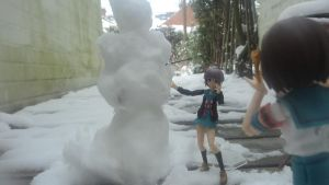Snow Day with Haruhi and Yuki by FenrisTheWolfBoy