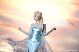 Elsa by Spinelo
