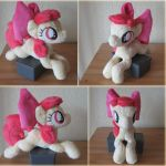 Applebloom Plushie by haselwoelfchen