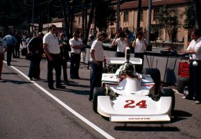 James Hunt (Monaco 1975) by F1-history