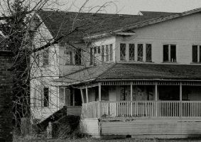 This house of broken dreams... by thewolfcreek