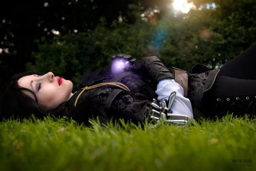 Yennefer Of Vengerburg by HeichouAwesome