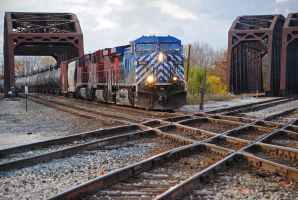CP BI Crossing 0175 10-20-12 by eyepilot13