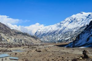 Manang - Valley by LLukeBE