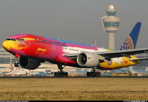 Continental airlines Peter Max 777 by awesome6999