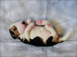 Needle Felted Custom Newborn Beagle by CVDart1990