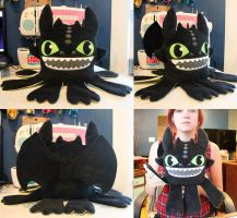 Toothless Monstroctopus by loveandasandwich