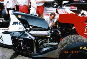 McLaren MP4/9 (1994) by F1-history