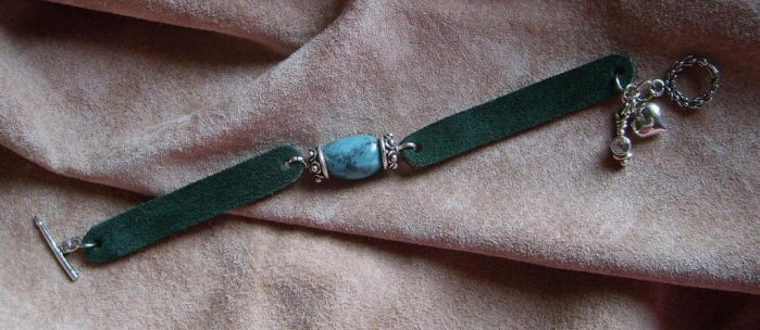 Turquoise and Suede bracelet by Kitten-of-Woe