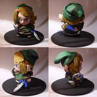 Errols Link Munny by saaio