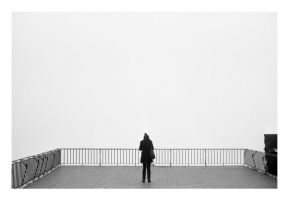 3607 - girl and fog by nfilipevs