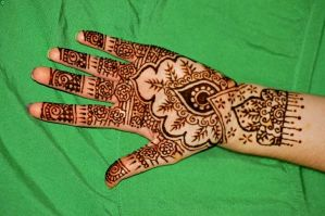 Bridal henna by Gateship
