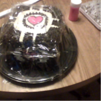 Companion cube cake by SaneTezz
