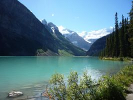 Lake Louise 7 by raindroppe