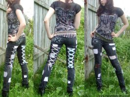 Wonderland Pants by mariedark
