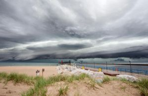 Shelf Cloud by dharvell