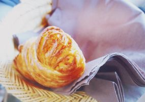 Croissant by Ariane-S