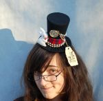 Tiny Top Hat: White Rabbit - Alice in Wonderland by TinyTopHats