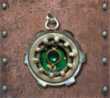 StEaMpUnK II: Necklace by MadMouseMedia