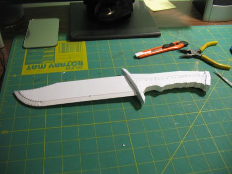 Paper Halo Combat Knife by cowscankill
