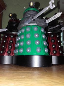 Dalek Geneticist and Drones by dalekcaan1