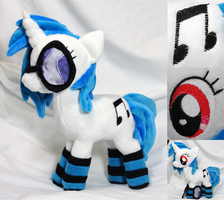 Vinyl Scratch w/ Socks~ by Cryptic-Enigma
