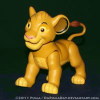 1995 Giant Simba action figure by dapumakat
