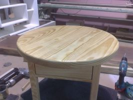 Table with rotating top by TslilSiani