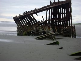 Ship Wreck Remains by veritrix