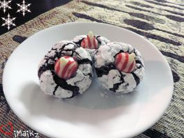 Chocolate Crinkles with Peppermint Blossoms by iMaikz