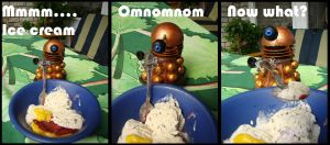 Tiny Dalek likes ice cream by Jedni